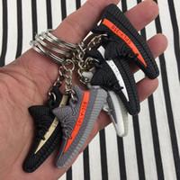 pulseira de borracha de 14k venda por atacado-11 Estilos de PVC BOOST Sapatos Chaveiro Saco Charme Mulher Homens Crianças Chave Anel Chave Chaveiro Presente Sneaker Chaveiro