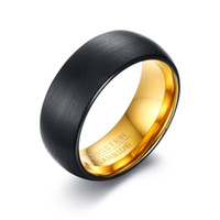 bagues pour femmes en or noir achat en gros de-8mm Hommes Femmes Dôme Noir Carbure De Tungstène Bague De Mariage Bague Or À L'intérieur Fit Confortable, Taille 8-12