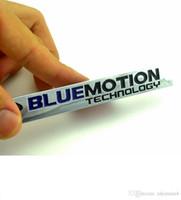 ingrosso 3d adesivo auto cromato-1 Pz 3D Chrome Bluemotion Tecnologia Adesivi per Auto, Scirocco Touareg Tiguan Golf Jetta Distintivo Dell'emblema Car Styling Accessori Auto
