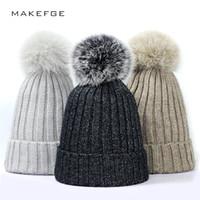 dffdf9866b589 Gorros De Bling Do Inverno Ms. Fox Pele Real Pom Chapéus De Tricô Beanie  Caps Pom Crochet Quente Ao Ar Livre Confortável Moda slouchy