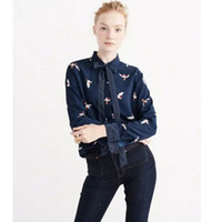 Wholesale navy chiffon blouse women - 2018 Animal Bird Print Plaid Stream Bow neck Shirt Retro New Women Lapel Chiffon Crop hem Blouse Tops femme Navy blue s m l