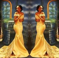 elegante beading vestido de baile venda por atacado-Elegante Amarelo Prom Dresses 2018 Formal Fora do Ombro Sereia De Luxo Beading Cristal Cetim Árabe Vestidos de Noite