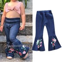 jeans enfants filles pour l'été achat en gros de-Bébé Filles Jeans Pantalons Nouveau Printemps Eté De La Mode Plissée Denim Fleur Broderie Florale Long Boot Boot Cut Pants Enfants Denim Pants