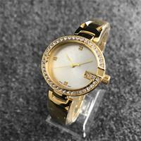 kadın kuvars bilekliği bayanlar elmas taklidi saatler toptan satış-Montre bilezik Bayanlar altın İzle Yeni marka Rhinestone saatı Lüks kadın elbise elmas saatler Küçük kristal dial kuvars saat