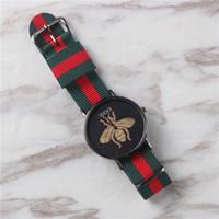 спортивные наручные часы оптовых-Оптовые часы унисекс новые красочные нейлон роскошные часы для мужчин спорт и женщин платье повседневная кварцевые часы мода Montre Relógio