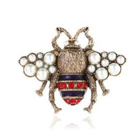 Wholesale Bee Brooches Pins - Hot style solid pearl pin cute new bee brooch.
