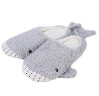 ingrosso piano giapponese-Pantofole di peluche della balena della peluche della peluche del pavimento piano domestico dell'interno della peluche dello squalo giapponese della peluche della ragazza sveglia