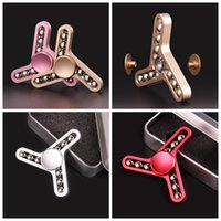 Wholesale triangle fidget spinner online - 4 Colors Balls Tri triangle Metal Fidget Spinner Fingertip Vision Spinner Gyro Hand Spinner Decompression Anxiety Toys CCA10760