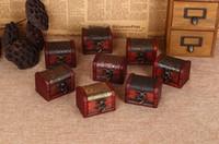 caja de almacenamiento de metal envío gratis al por mayor-Envío gratis 100 unids Joyero de la vendimia Organizador Caja de almacenamiento Mini Patrón de flor de madera Contenedor de metal Cajas pequeñas de madera hechas a mano