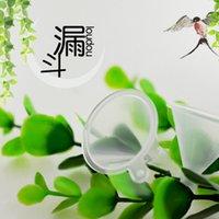 маленькая бутылочка масла оптовых-New Little Plastic Funnels Liquid Diffuser Bottle Mini Oil Funnels 2PCS