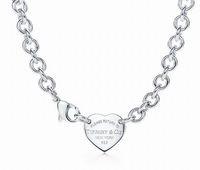herzkunstentwurf großhandel-Qualitäts-Promientwurf Buchstabe-Silber-Schlüsselklee-Halskette 925 Tafelsilber-Art und Weise Metallherz-förmige hängende Halsketten-Schmucksachen mit Kasten