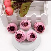 pequenas plantas de floração artificial venda por atacado-Flores decorativas 50 pcs De Seda Mini Pequeno Chá Bud Flor Artificial Para Decoração de Casamento Camellia Mariage Flores Plantas