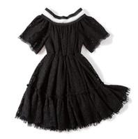 elegante weiße babykleider großhandel-New Spring Summer Baby Mädchen Spitzenkleid Kurzarm Blumen Spitze Prinzessin Kleid Kinder Elegante Kleider Schwarz Weiß 3925