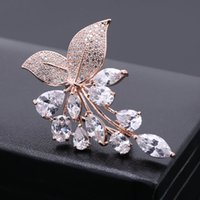 kristall roségold brosche großhandel-Ziemlich rose gold mode zirkonia pflanzen kristall broschen pins für frauen hohe qualität hochzeitskleid schmuck zubehör