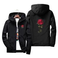 цветочные куртки оптовых-Легкая куртка Роуз цветочные для мужчин с Hat Тонкий водонепроницаемый Куртка с капюшоном Winderbreaker куртка Мужчины Женщины Lover Casual пальто