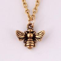 милые животные свитера оптовых-Творческий ретро милые животные пчелы кулон ожерелье личность насекомых свитер цепи производитель Оптовая ювелирные изделия унисекс ожерелье