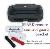 fernkamera-sender großhandel-SPARK Zubehör Fernbedienungssender Thumb Stick Guard Wippschutz Anti-Shake Fixator Halter Für DJI Spark Camera Drone
