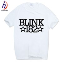 2017 Uomini Donne Blink 182 Rock Band Faccina Divertente T-Shirt manica corta O-Collo Swag Streetwear Roll Pop Tshirt HCP501