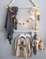 украшения для лошадей для спальни оптовых-Nordic ветер лошадь Карон деревянные бусины бусины вешалки для одежды детская комната мягкие украшения стены съемки реквизит