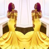vestidos formais amarelos e negros venda por atacado-2020 New Arrival amarelo Prom vestidos sereia fora do ombro mangas compridas Lace apliques Africano menina Black Satin árabes vestidos de noite formal