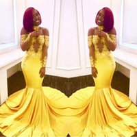 sirena amarilla vestidos de fiesta largos al por mayor-Nuevos vestidos de fiesta elegantes con encaje en el hombro amarillo 2018 Mangas largas Mermaid Appliques African Black Girl Satin Árabe Vestidos de noche formales