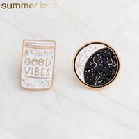 düğme rozeti pimleri toptan satış-Iyi Vibes Emaye Pin Constellation Gündüz Ve Gece Ay Broş Pins Düğme Denim Ceket Kaban Yaka Pin Rozeti Takı Hediye