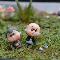 escritorio popular al por mayor-Artesanías casa de muñecas bonsai miniaturas DIY Granny hada jardín gnomo animales musgo terrario hogar escritorio decoración