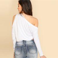 camisa de dobladillo asimétrico al por mayor-Camiseta de vacaciones de hombro asimétrico con dobladillo ancho liso Cuello asimétrico de primavera Camiseta de manga larga Mujer Top blanco liso Camiseta femenina