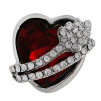 cadeaux pour l'amour achat en gros de-10 PCS Cristal Rouge Coeur Bouton Instantané 18mm Strass Charmes pour Les Femmes Amour Snap Bijoux Filles St Valentin Amoureux Cadeau KC6480
