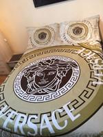ropa de cama al por mayor-2019 de alta calidad de impresión reactiva de algodón 4 piezas de ropa de cama incluye funda nórdica Sábana Funda de almohada Sábana