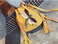 bolsas embelezado venda por atacado-2018 Coreano Moda Borla Tassel Dragonfly Decoração Embellished Balde Saco Bolsa de Ombro Balde Senhoras Embreagens Dragonfly Cro