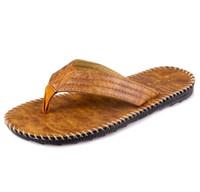 VENDITA ECONOMICA Pantofole uomo nuovo stile britannico maschio infradito in  pelle PU scarpe vintage casual sandali da spiaggia antiscivolo scarpe estive  ... 1b68d125200