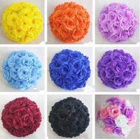 fleurs suspendues achat en gros de-Haut de gamme blanc artificielle Rose Soie Fleur Balle Suspendre Embrasser Boules 30 cm 12 Pouce Dia Ball Pour La Décoration De Noce Fournitures