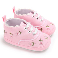 canvas embroidery оптовых-Newborn Infant Baby Canvas Shoes Fashion Girls Infant Floral Embroidery Crib Shoes Soft Sole Anti-slip Sneakers First Walkers#H5