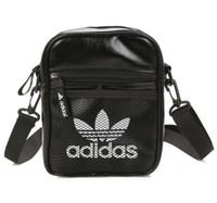 poches de sacs à cosmétiques achat en gros de-En gros sac à bandoulière dames Messenger sac sac sac à cosmétiques poche couleur paquet 3 couleur taille 21 * 17 * 7 cm livraison gratuite # 7201