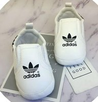 Wholesale baby shoe moccasins for sale - 2018 new baby moccasins infant anti slip PU Leather first walker soft soled Newborn years Sneakers Branded Baby shoes Baby sports shoes