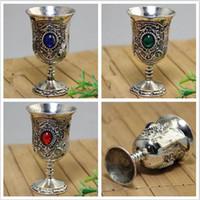 copas de vino de la vendimia al por mayor-Colección hecha a mano de la vendimia Tíbet Plata Único Esmeralda Copa de Vino Decoración del Jardín de Plata Tibetana Latón copas de vino C002