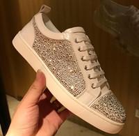 sapatos de fundo plano branco venda por atacado-Com caixa de 2018 Nova boa qualidade branco camurça de cristal de prata Red Bottom Shoes Moda Rebites Spikes Studded Sneakers Para Homens Low Top Flat Shoes