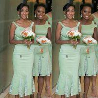 boda verde té al por mayor-Mint Green 2 Estilo Vestidos de dama de honor para bodas Satén y encaje Sirena Longitud de té Vestidos de dama de honor Vestidos cortos de fiesta de boda