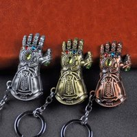 Wholesale New Thanos Gloves Movie Avengers Zinc alloy Metal Keychain Key rings Holder Hangs Fashion Accessories Gift