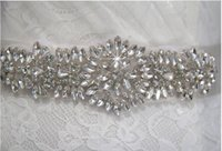 ingrosso cinturini in fiocchi di cristalli in rilievo-Cintura New Sashed Cintura in raso di seta fatti a mano fiori con cristallo scintillante perline paillettes Cinturino in oro bianco champagne