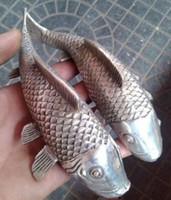 резьба по дереву рыбы оптовых-2шт Народная Тибетская Серебряная резьба благоприятный реалистичные богатства рыбы статуя