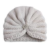 ingrosso crochet del turbante del bambino-2018 cappelli per bambini cappellini ragazze cappelli di strass all'uncinetto cupola india bambini berretto invernale berretti turbante lavorato a maglia baby