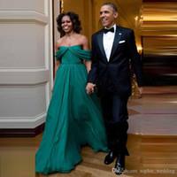 vestido sexy vestido del ejército al por mayor-Envío rápido Ejército Verde Vestidos de noche Vestidos de gasa Para fiesta plisado Una línea Fuera del hombro Sin mangas Largos vestidos de fiesta