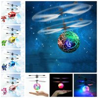 Électrique RC Flying Ball Hélicoptère Infrarouge Induction Aéronef Flash LED Lumière À Distance Jouets LED Flying Balls OOA3848