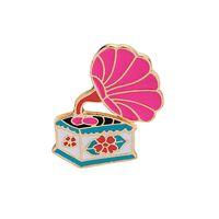 mochilas rosa venda por atacado-Kawaii broches pinos rosa retro fonógrafo broche emblemas esmalte pinos para roupas mochilas presentes criativos para amante da música lapela pin decorar