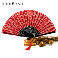 bambú recortado al por mayor-Envío gratis 1 unids Retro Lace Trim Bamboo Hand Fan Red Folding Hand Dancing Wedding Party Decor Fan Happy Gifts