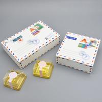 desenhos de caixas de bolo de casamento venda por atacado-Envelope Design Caixas do bolo maccaron Box presente do cozimento da embalagem Kraft bolinhos doces de papel para festa de aniversário do casamento