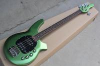 bajo cuerda verde al por mayor-¡Fábrica personalizada! Metal Green 4 cuerdas bajo eléctrico con Pickguard negro, diapasón de palisandro, 24 trastes, oferta personalizada