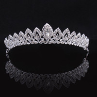 Wholesale simple crown wedding - Bridal Tiara Crown Vintage Bride wedding headband girls tiaras and crowns for women Simple Stylish Princess crown Female Hair Accessories